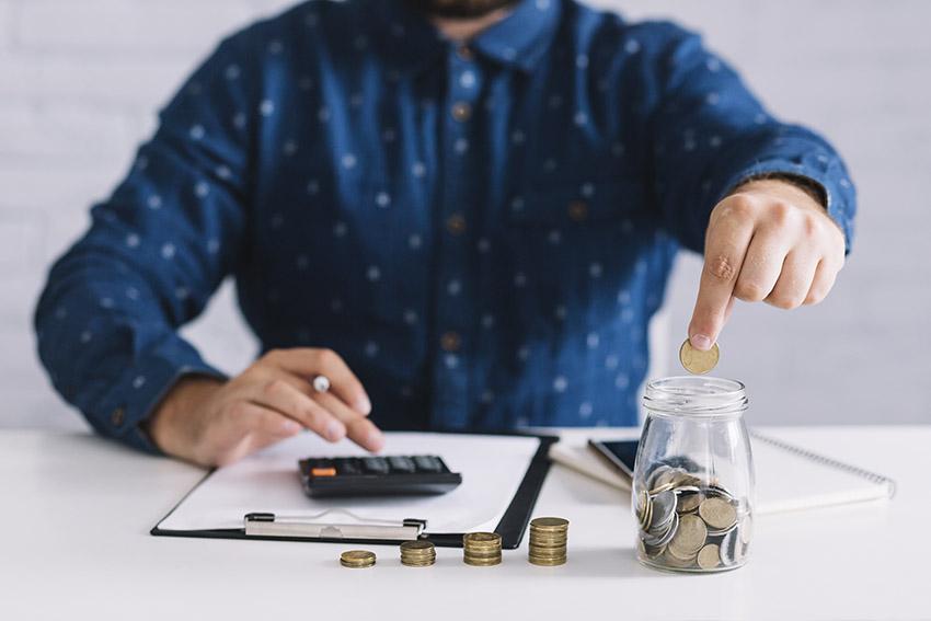 Cât plătesc pentru pensie?