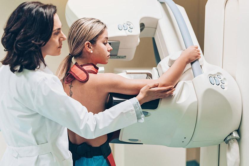 Cât costă o ecografie mamară, ce presupune, avantaje și dezavantaje