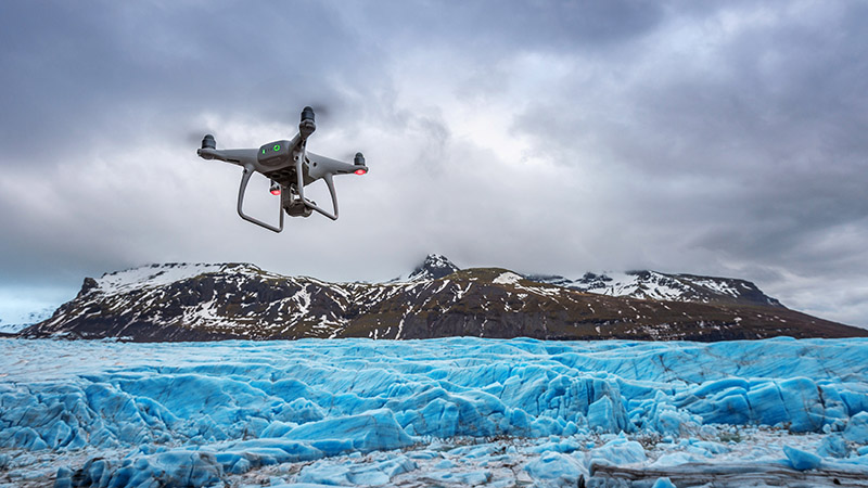 Această imagine are atributul alt gol; numele fișierului este Cat-costa-o-drona-Top-cele-mai-bune-drone-2.jpg